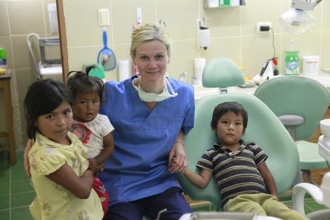 Praxis für Zahngesundheit Leipzig Dr. Jana Schutte I BolivienI Consultorio Dental